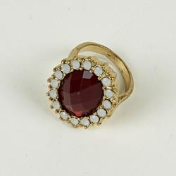 Large jewel ring