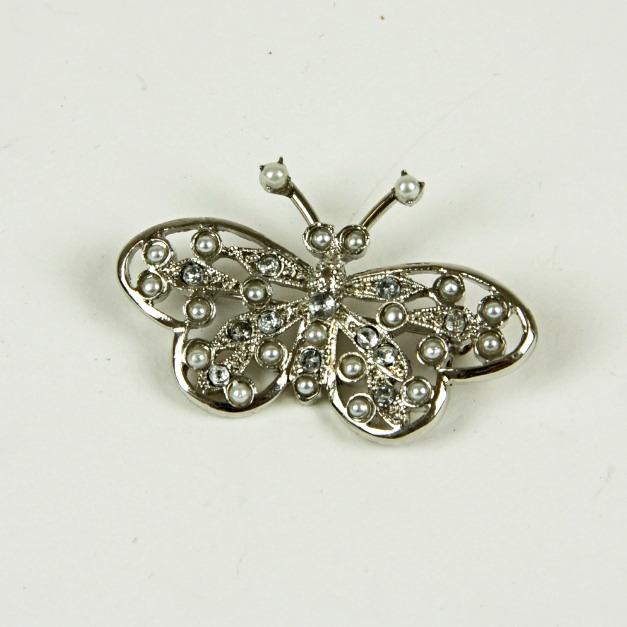Butterfly sparkle brooch