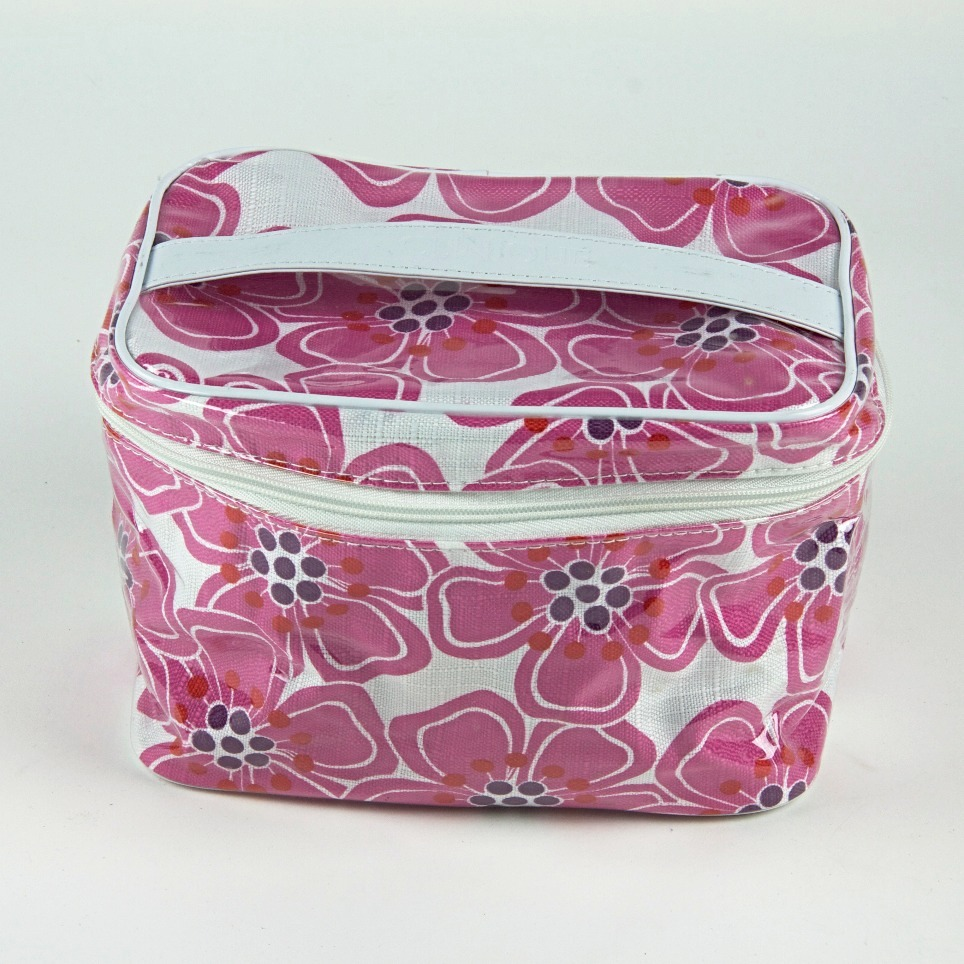 Cosmetics travel bag