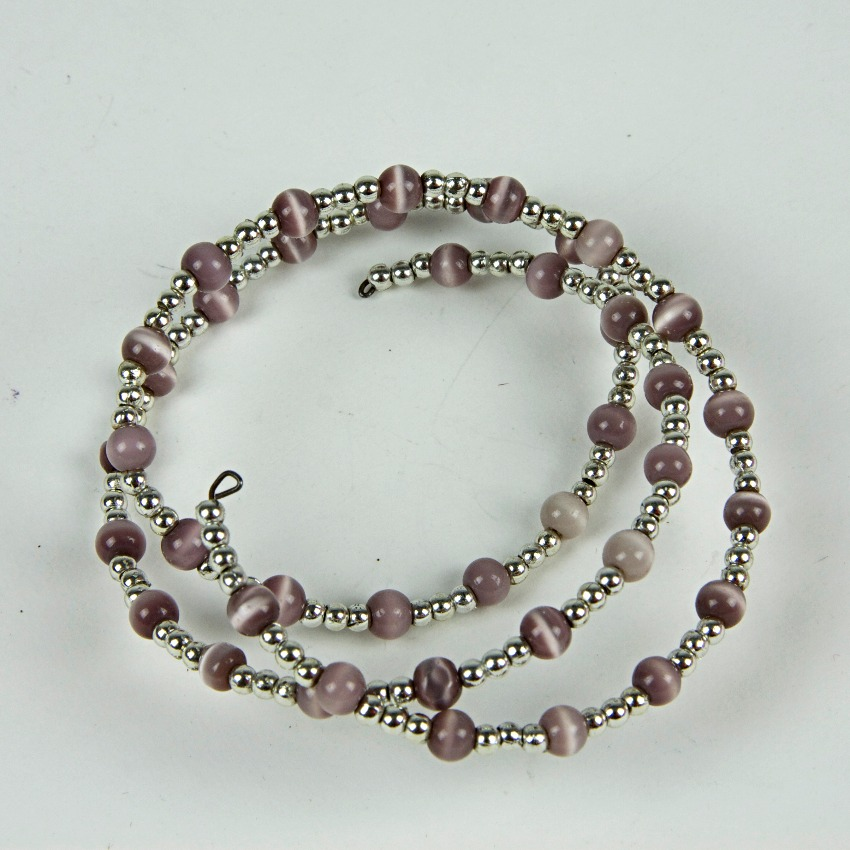 Expandable beaded bracelet