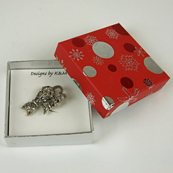 Cat sparkle brooch