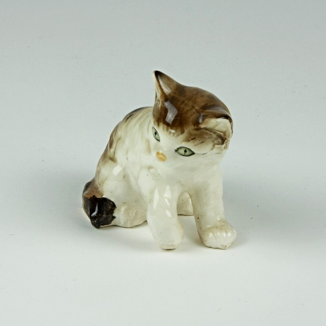 Vintage playful cat ornament