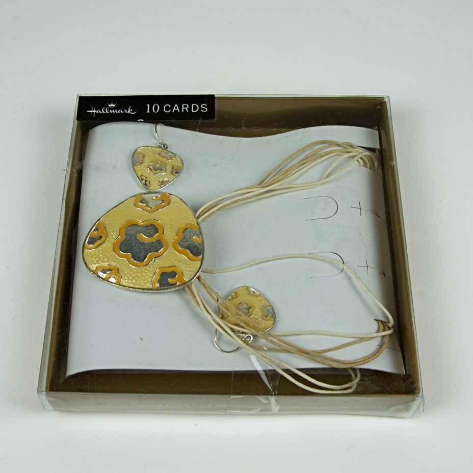 Enamel and rope necklace set