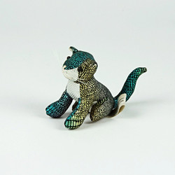 Iridescent cat toy
