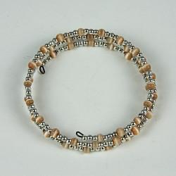 Expandable beaded bracelet