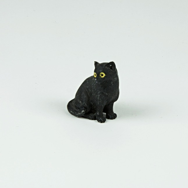 mini sitting cat ornament