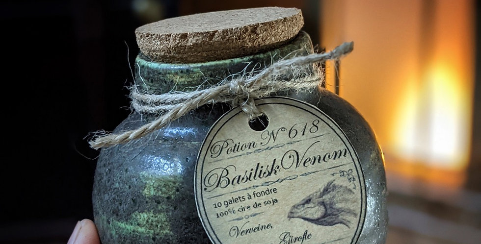 #1 Potion Venin de Basilic - Pot en céramique et ses 10 galets de cire