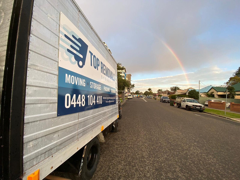 Top Remvals Truck rainbow.jpg