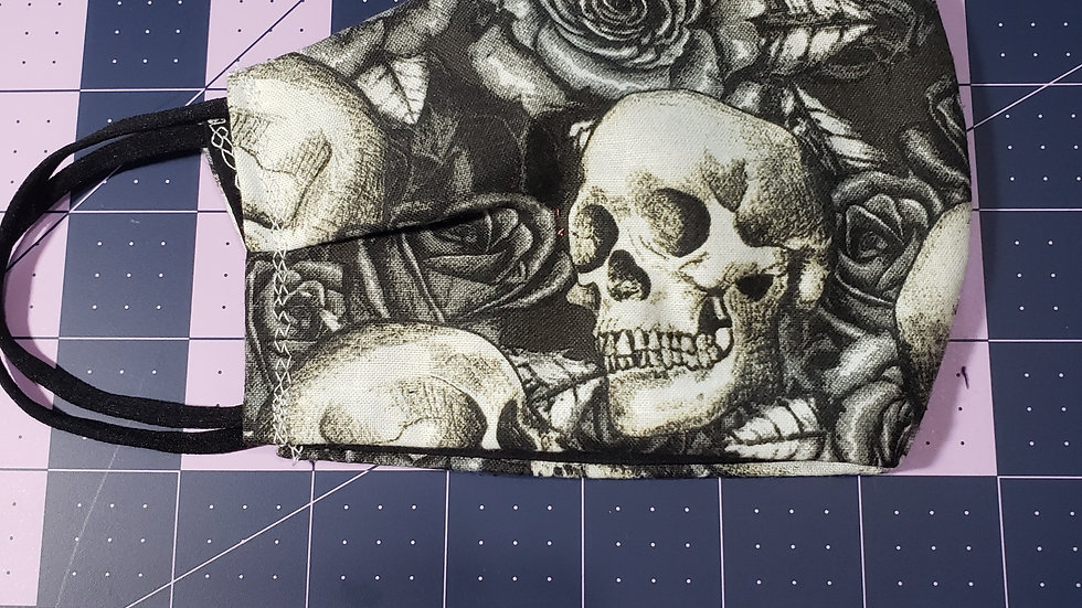 Skulls & Rose's