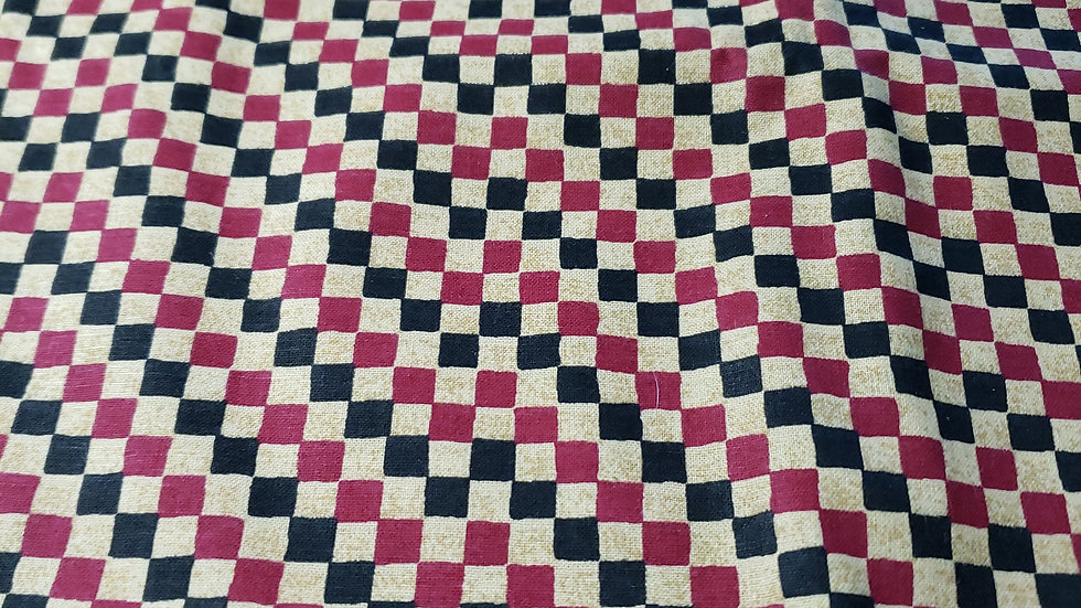 Checkers Pleated Masks