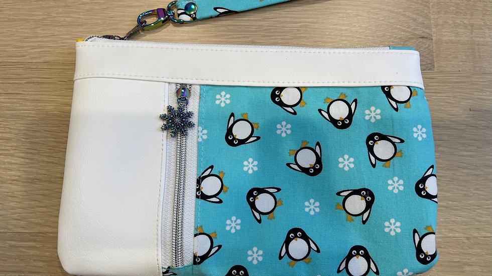 Penguin Zippy Clutch