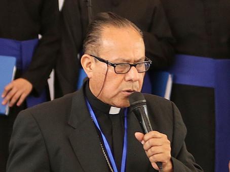 El Vaticano acepta la renuncia de Monseñor Juan Abelardo Mata