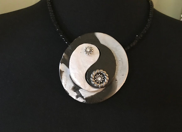 Black & White Combo Broach Necklace