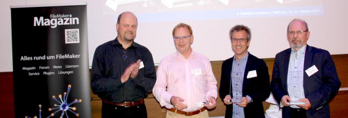 FileMaker Magazin Herausgeber Klemens Kegebein mit den Preisträgern Dr. Volker Krambrich, Harald Mair und Peer Raddatz