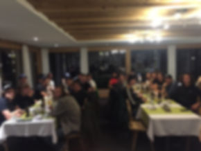Foto Helferessen Alpina BNKD Team Novemb