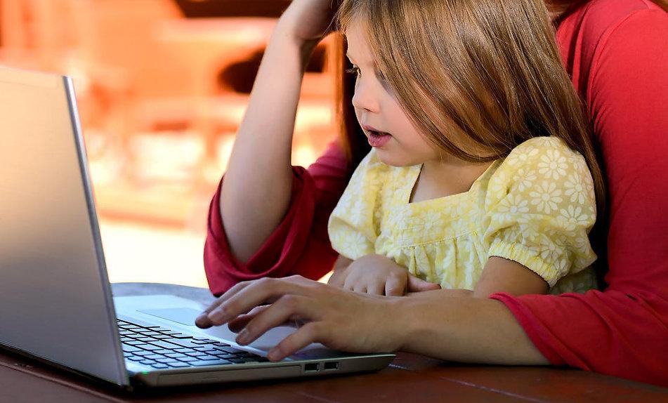 child-girl-young-caucasian-1598482.jpg