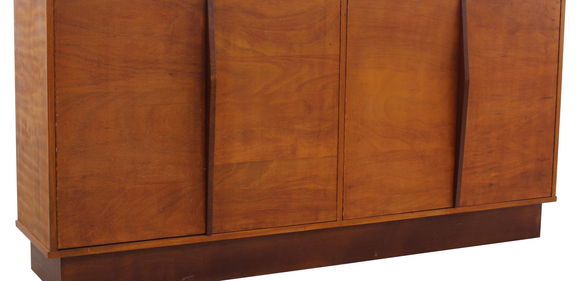 perriand-sideboard-clement-cividino.jpg