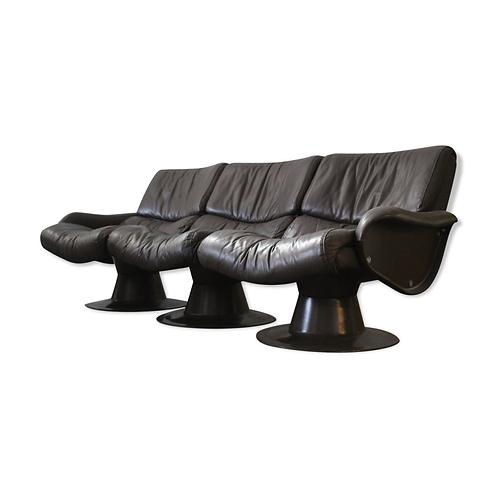 "1980.Yrjö Kukkapuro. modular ""saturnus"" armchairs"