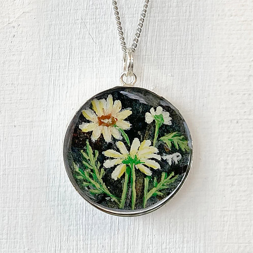 April Daisies Necklace