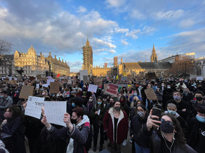 Women Protesting Violence Call for Male Solidarity