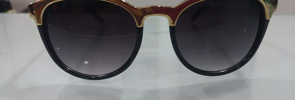 Óculos de Sol - Detalhe Dourado