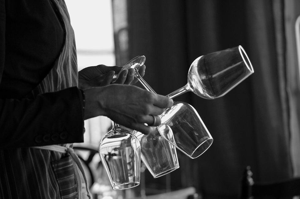 Nora glas svartvit.jpg