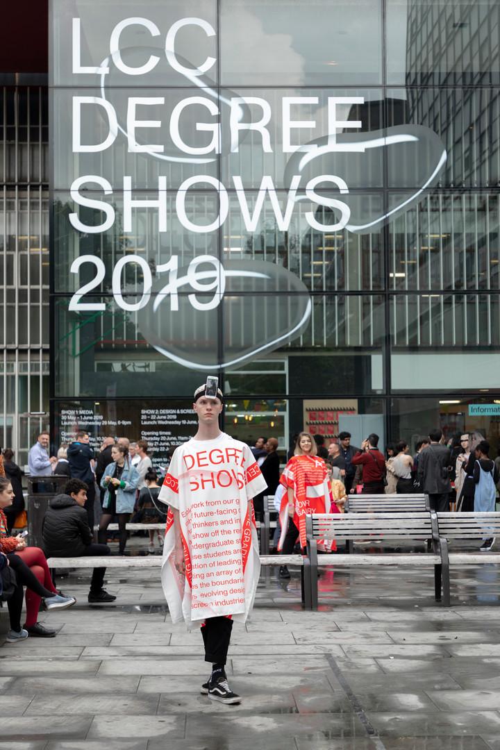 performers_outside 2.jpg