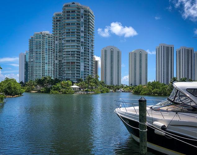 City Yacht