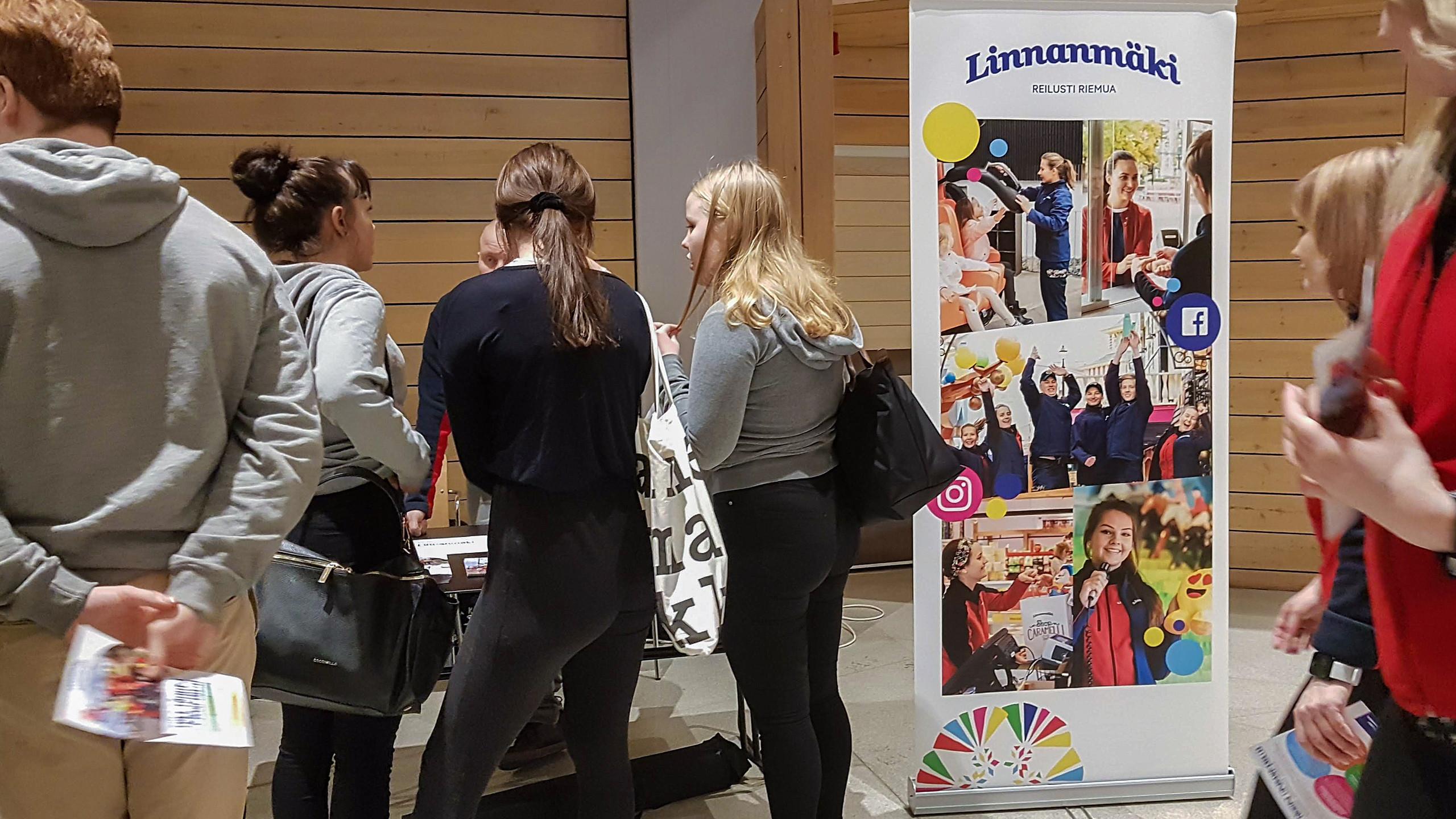KesätyöX-Linnanmäki