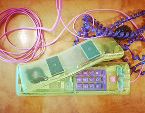 moderni näppäinpuhelin.jpg