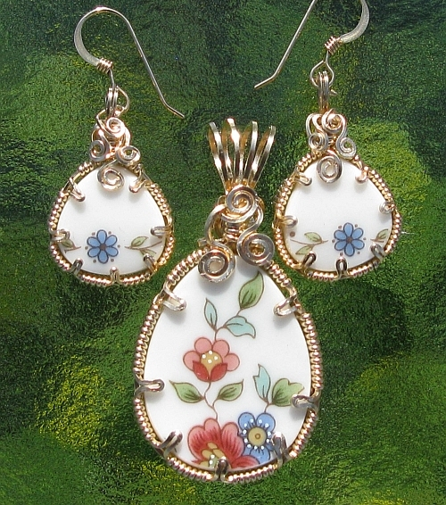 China Pendant & Earring Set