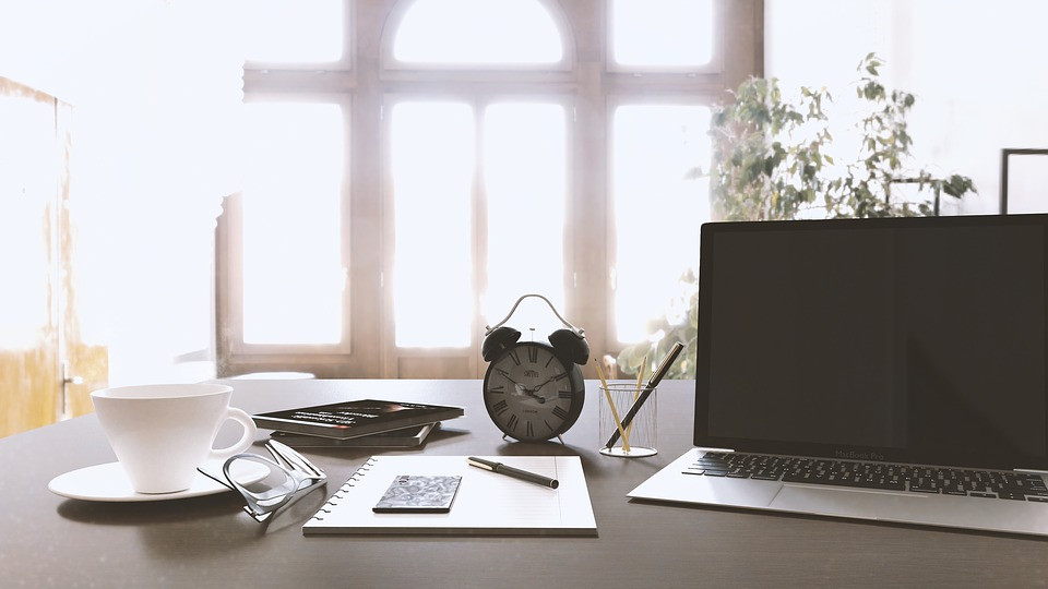 Clean workspace to boost creativity
