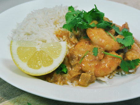 How to make easy Butter Prawns (curried prawns) on rice.