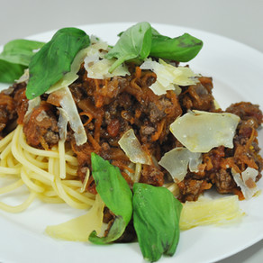 How to make easy Spaghetti Bolognese at home.