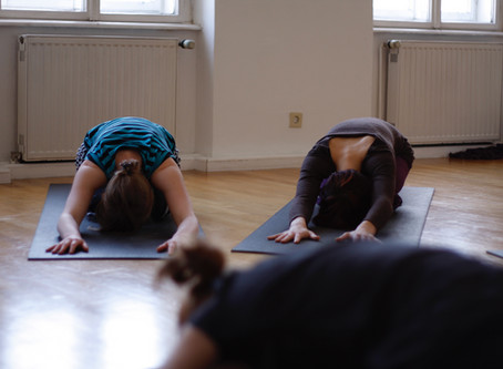 Kurse für AnfängerInnen - Ashtanga Yoga mit Boris (ab 23.09 bzw. ab 22.10)