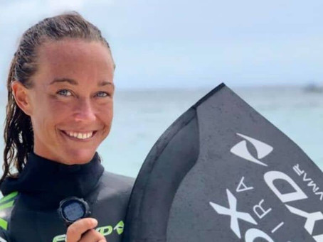 Alessia Zecchini nuovi titoli iridati e record di apnea in Honduras per la testimonial di Sybilla