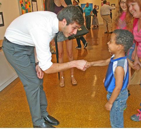 Noah meeting his kid artist.jpg