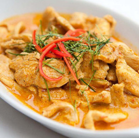 CHICKEN WITH RED CURRY PASTE & COCONUT MILK