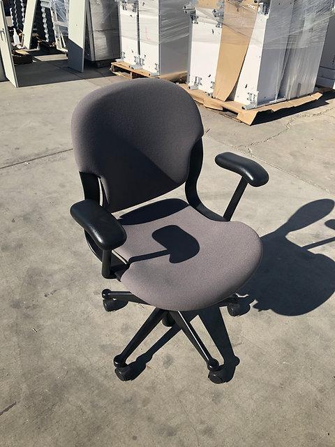 quality design f6f23 aa59f Herman Miller Equa Chair