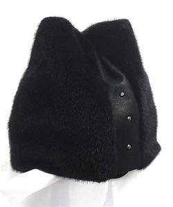 Женская шапочка с ушками Мод 0112