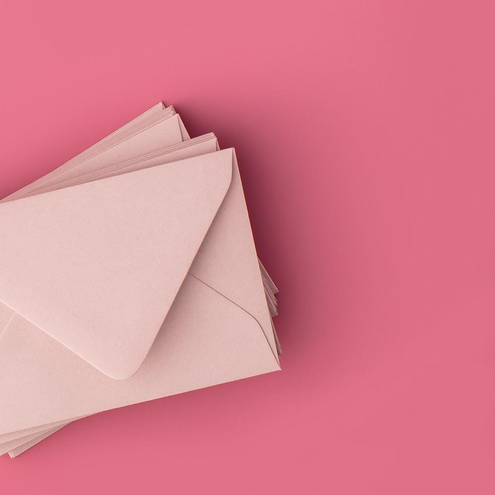 vendor tip envelopes for a wedding