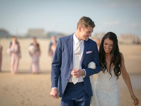 Amanda & Gregs' Beach Wedding