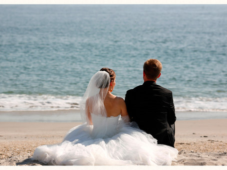 A Beach Wedding Ceremony- Is it for you?