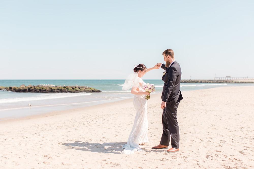 English Manor, NJ wedding, bride and groom, beach wedding, Idalia Photography, shore to please weddings