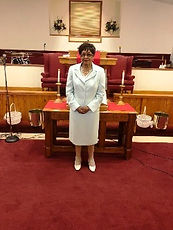 rev earlene beach-7-22-18_edited.jpg