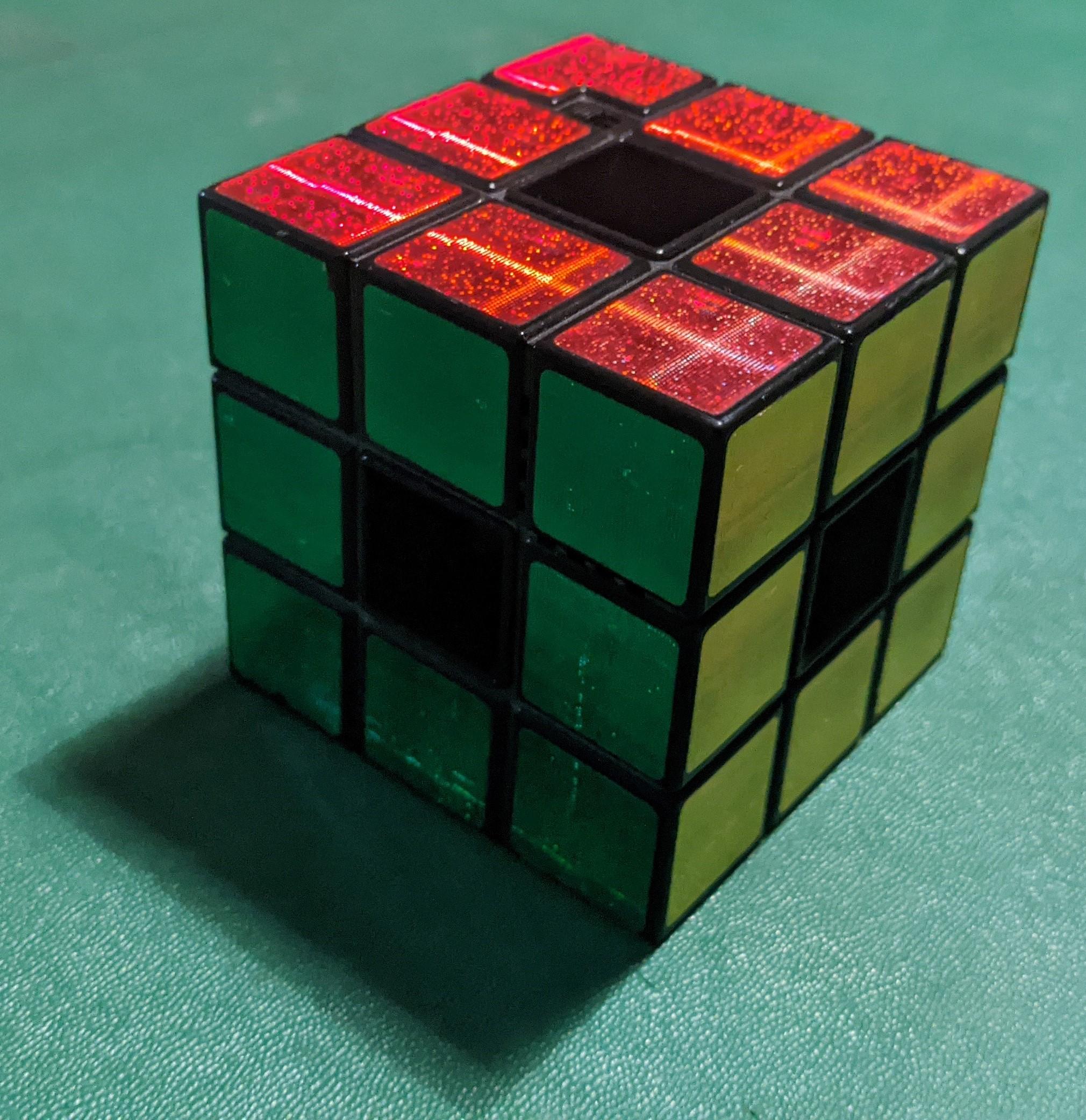 Rubik's Revo