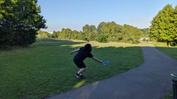 Eli Frisbee 2