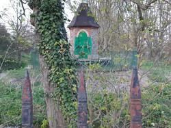 The Strange Green Hut
