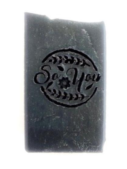 Savons visage karité nigelle calophylle charbon noir