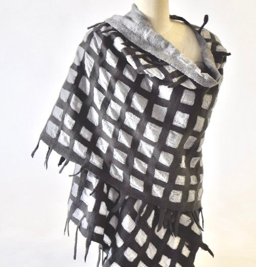 Grid-and-Cotton-Shawl-505x527.jpg